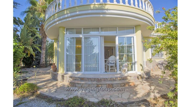Villa in Mahmutlar For Sale