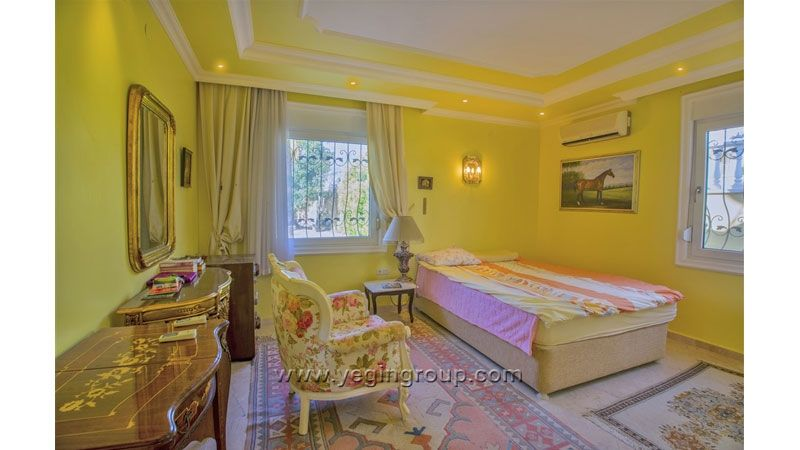 fully furnished villa for sale in Mahmutlar