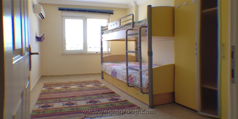 For rent three bedroom furnished apartment in Alanya